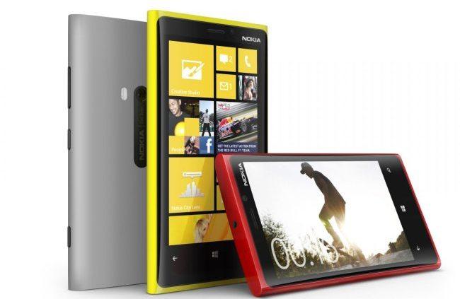 okia Lumia 920 press shot