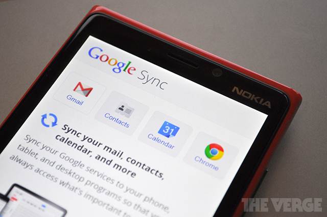 Windows Phone calendar and contacts syncing service extended by Google till December 31st