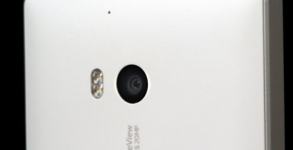 Nokia Lumia Icon camera back side