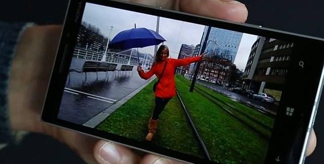 Nokia Living Images Lumia Cyan