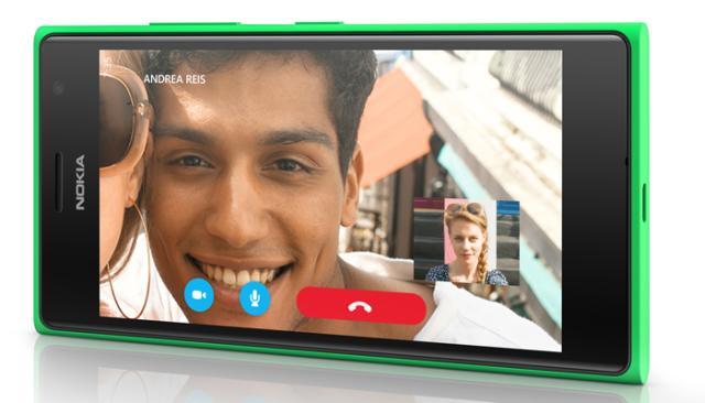 Lumia735_Skype