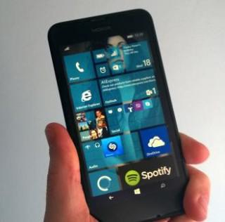 Screenshots of Windows 10 for Phones Build 2 [Updated]