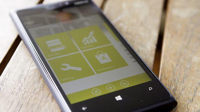 "Nokia Lumia 920 - Caledos Runner""(CC BY 2.0)byNicola since 1972"