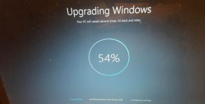"""Windows 10 upgrade"" (CC BY-SA 2.0) by bossco"