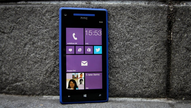 Windows Phone HTC 8X model