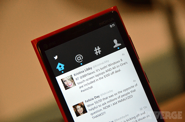 Screenshot of Twitter version 3.0 for Windows Phone