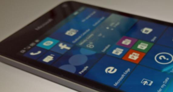 First real photo of the Lumia 650 leaks