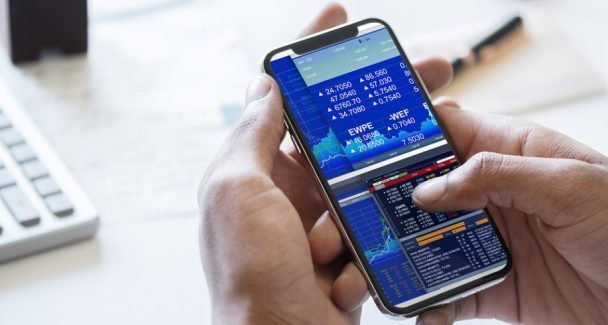 Metatrader 4 or Metatrader 5: Which is The Best Bet?