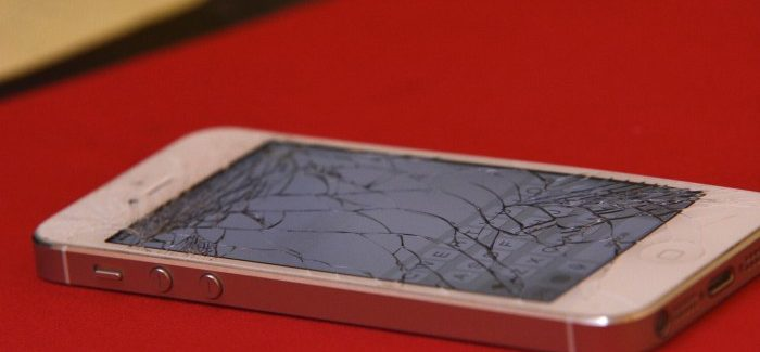 Your Guide on How to Fix and Prevent a Shattered Phone Screen